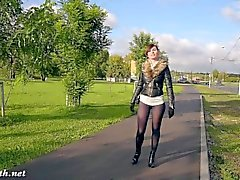 Jeny Smith pantyhose mode public clignotant