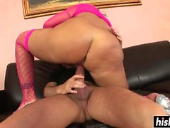 Sexy girl fucks on the couch