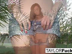 Taylor Vixen Gets A Little Country