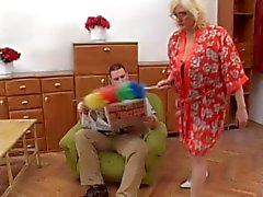 Granny gets cum on her glasses