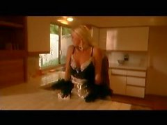 Seductive anal maid Silvia Saint