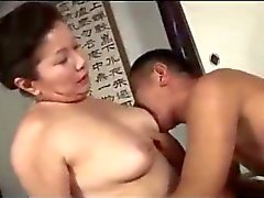 Fat Mature Woman Giving Blowjob For Guy Getting Her Hairy Pussy Licked On The Mattress In The Room