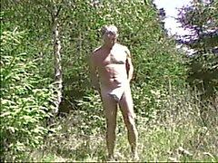 Wald wixen im nackt Nackt Im
