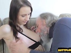 Busty daughter sex games