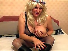 jo the cougar minx of a milf!