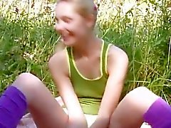 Precize amateur threesome in the garden