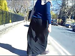 tight ass hijabi walking candid