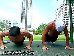 Gay на улице Bareback пола Filipino Photos