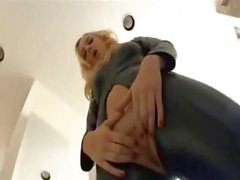 Blonde In Leather Outfit Gets Dped