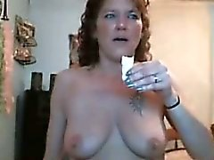 Mature Australian Rita plays on home webcam