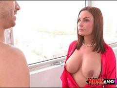 Busty milf Diamond Foxxx hot threesome