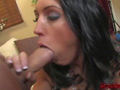 Hot Busty Dylan Ryder monta o Whitezill