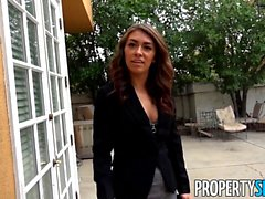 Bad Real Estate Agent Kara Faux Fucks Outdoors