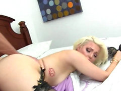 Awesome babe only wants a fat cock