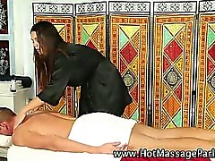 Babe masseuse working on client