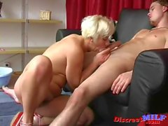 Mature Russian slut give a blowjob