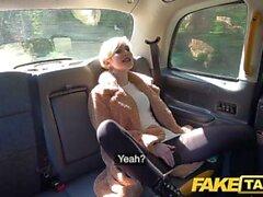 Fake Taxi Groß Arsch Reiten