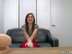 Tattooed Amateur babe gets naked at the interview