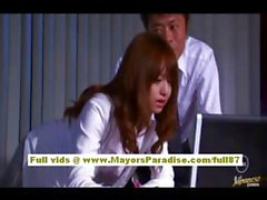 Akiho Yoshizawa Chinese girl gets abused at work