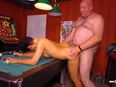 HAUSFRAU FICKEN - Housewife gets her mature pussy boned hard