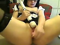 Thick Girl With Glasses Masturbates