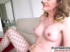 Beauty Stepmom Babe Morgan Gives Handjob Sweet Her Stepson
