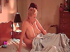 Nackt  Megan Duffy Julia Louis