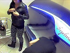 Voyeur Solarium Girls - Nude undressing hidden camera