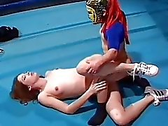 Gwen summers having sex with a midget wrestler
