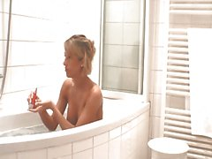blonde has anal in bath