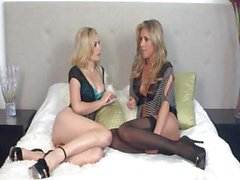 Heather Vandeven and Samantha Saint are two blondes who have some lez