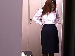 Solo japanese milf using vibrator to orgasm
