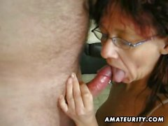 Hot amateur mature slut suck and fuck with huge facial