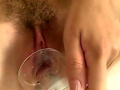 Pee fetish euro babe using her pussypump