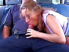 Hot amateur girlfriend toys and sucks in a car