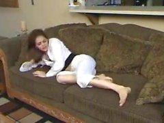 Latina Milf Füße kitzeln