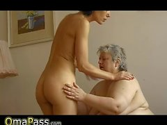 OmaPass Old chubby granny has fun with old sexy Ma