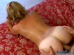 Heidi Sin is a tan lined MILF