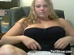 Chubby Blonde Haired Cam Girl