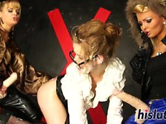Raunchy lesbian threesome with foxy playgirls