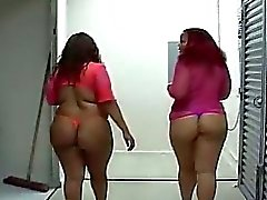Fat ebony chicks give double blowjob action