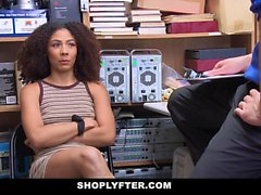 ShopLyfter Ebony Princess Gets Caught