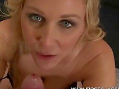 Julia Ann footjob