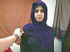 nackt arabische frau